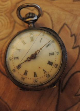 часы. карманные. серебрянные