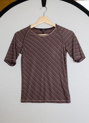 Стильная фиолетовая футболка в полоску daniel hechter