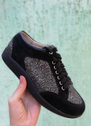 Стильные кожаные замшевые кеды кроссовки черные с блестящими в...