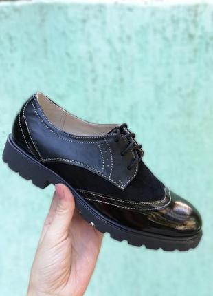 Стильные кожаные замшевые лаковые туфли оксфорды на шнуровке н...