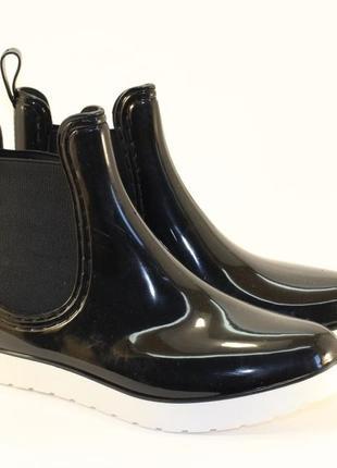 Резиновые силиконовые черные короткие сапоги полусапожки