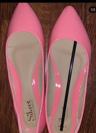 Новые розовые лаковые балетки, 41 размер