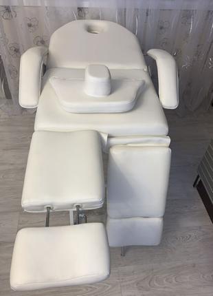 Педикюрное кресло (кушетка)