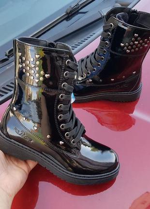 Лаковые деми ботинки на флисе с супинатором р.32-37 наложенный...
