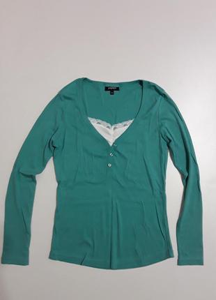 Фирменный лонгслив блуза