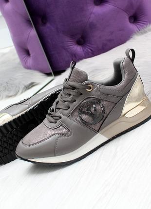 Жеснкие кроссовки серого цвета, эко кожа (под бренд) код 2495