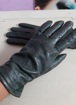Кожаные перчатки  на подкладке италия