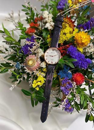 Стильные женские часы не большого размера, чёрные к.22205