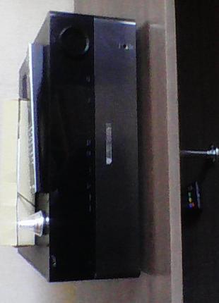 Усилитель HARMAN KARDON HK-990.