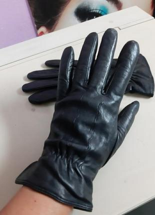 Кожаные черные перчатки на подкладке германия