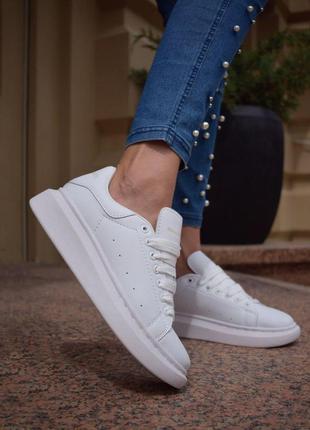 Женские шикарные кроссовки alexander mcqueen white / натуральн...