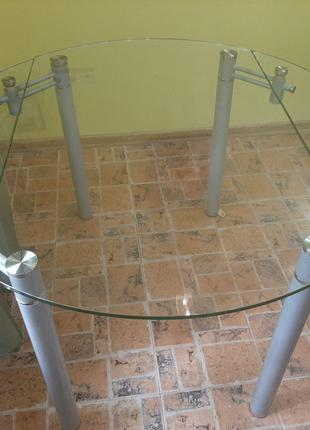 Стол кухонный /гостинный