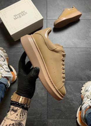 Шикарные женские кроссовки 🔥 alexander mcqueen matt beig