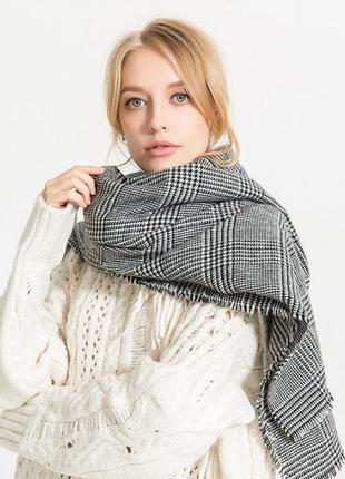 Стильний теплий шарф 750н