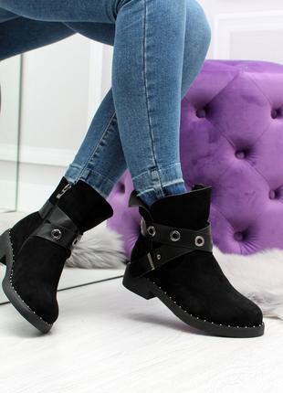 Демисезонные женские ботинки черного цвета, из эко замши 2424