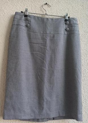 Классическая юбка-карандаш с завышенной талией