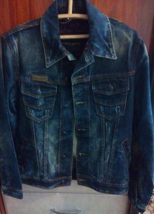 Джинсовая модная куртка