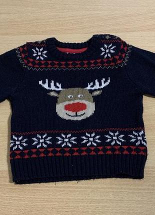 Тёплый вязанный свитер на 2 года.