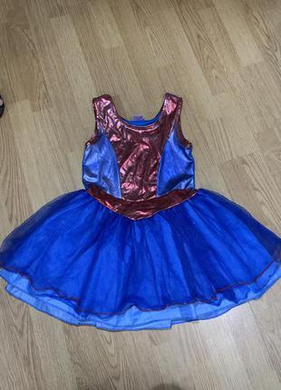 Нарядное платье на девочку 7-8 лет