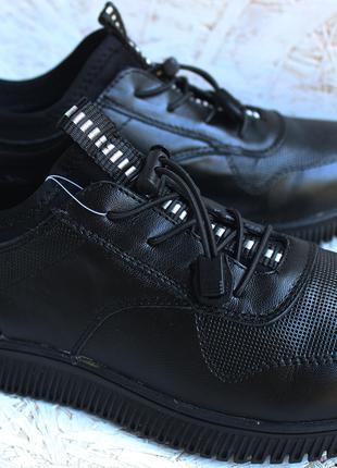 Кроссовки подростковые спортивные туфли для мальчика кожа 36