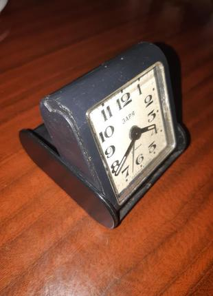 Часы будильник заря. ссср.