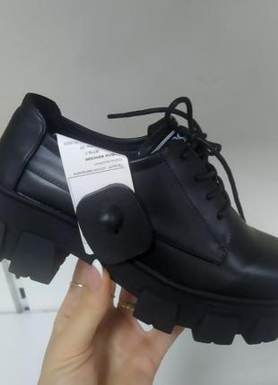 Новинка осени женские туфли