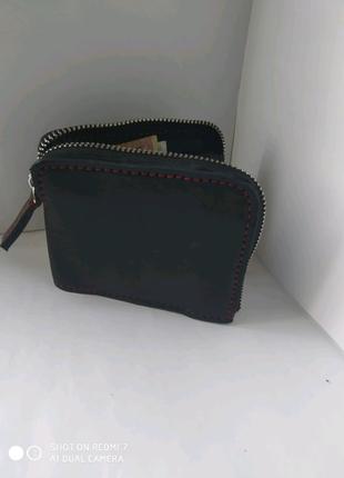 Кожаный кошелёк ручной работы.