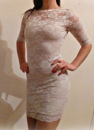 Платье пудровое нежное гипюр кружевное