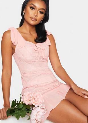 Волшебное пудровое кружевное платье plt