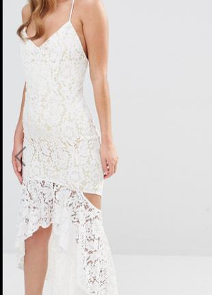 Платье белое нарядное м кружево, гипюр, рюши,открытая спина, р...
