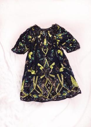 Шикарное блестящее платье в пайетки, паетки, смотрится дорого