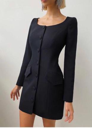 Платье - пиджак на пуговицах  черный
