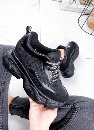 Новые женские чёрные кроссовки сникерсы