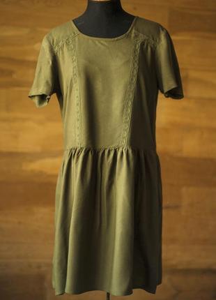 Супер стильное платье цвета хаки vero moda, размер l