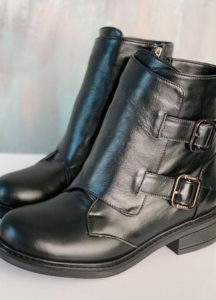 Короткие черные ботинки зима, натуральная кожа