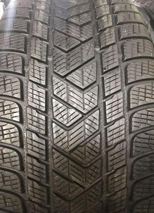 Зимові шини б/у 2шт. Pirelli Scorpion Winter 265/40 R22 (6mm)