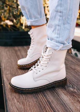 Демисезонные ботинки dr martens в белом цвете кожаные (36-40)💜