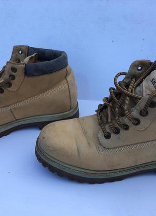 Ботинки кожа бежевые зимние мужские под тимберленд водоотталки...