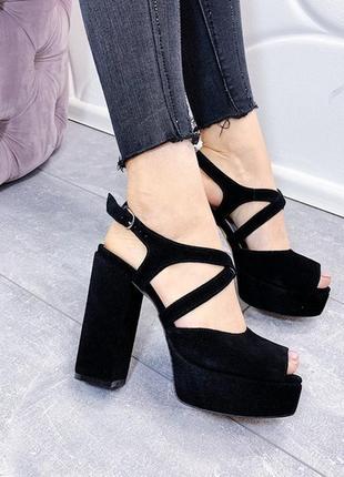 Чёрные замшевые босоножки, чёрные босоножки на высоком каблуке...