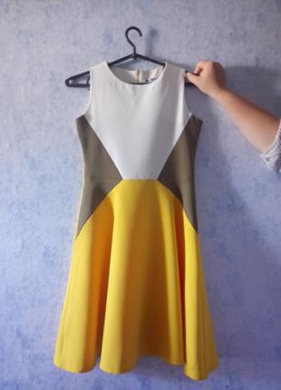 Платье на девочку 13 лет (158см)