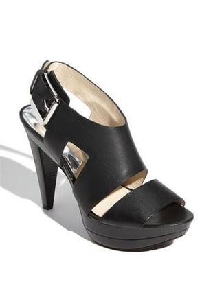 Кожаные босоножки оригинал michael kors carla black sandal hee...