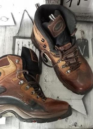 Кожаные ботинки рр. 42 стелька 27 см.