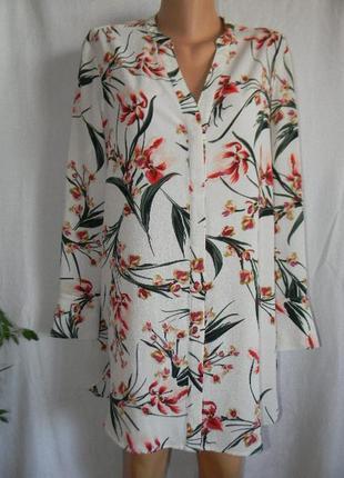 Красивая блуза с принтом marks & spencer