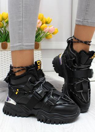 Новые женские чёрные  зимние кроссовки ботинки
