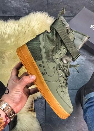 Крутые мужские кроссовки nike air force high special field