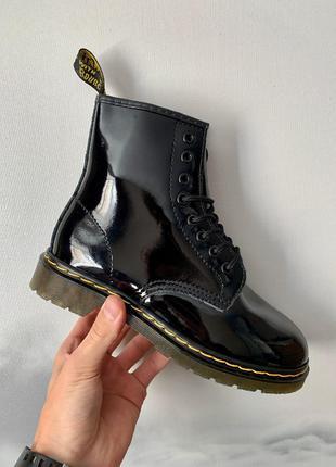 Ботинки Dr. Martens 1460 Lacquer