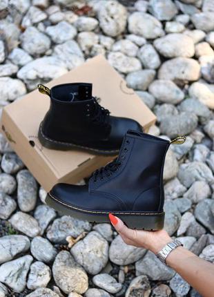 Ботинки без меха и логотипа dr. martens 1460 black