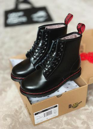 Ботинки на меху без логотипа dr.martens 1460 black red