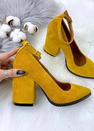 Шикарные горчичные замшевые туфли на каблуке,туфли из натураль...