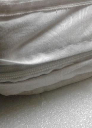 Современный двухсторонний матрасик в детскую кроватку